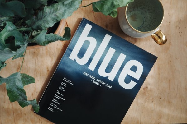 Zeitschrift Blue